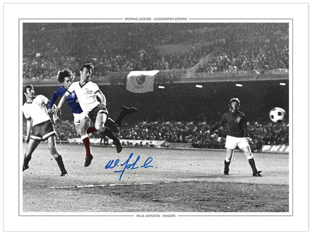 RAN006 HAND SIGNED 16x12 PHOTO EDITION RANGERS 1972 WILLIE JOHNSTON
